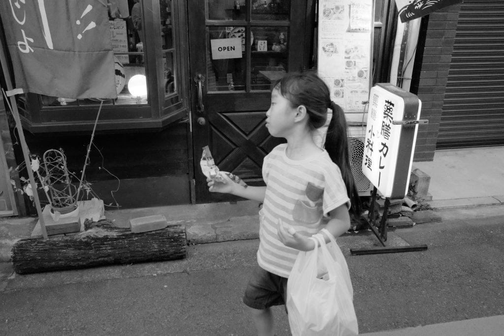 東京 谷中 女の子