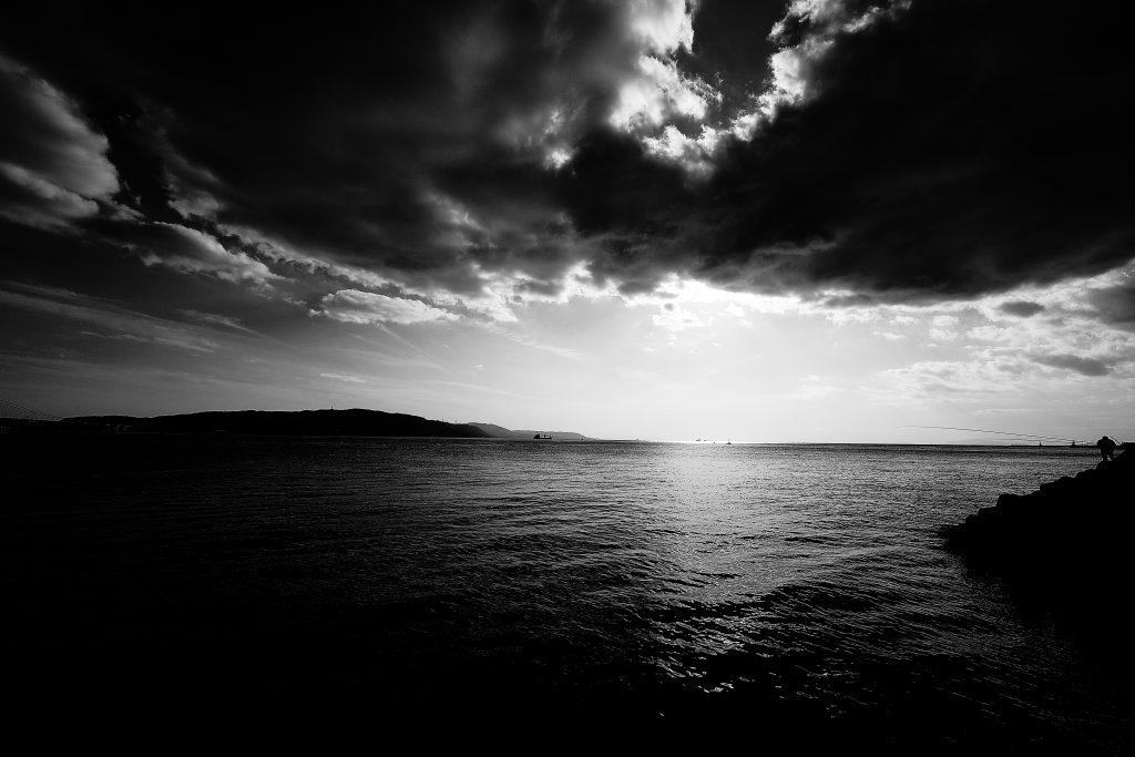 明石海峡 日没 風景 海 雲