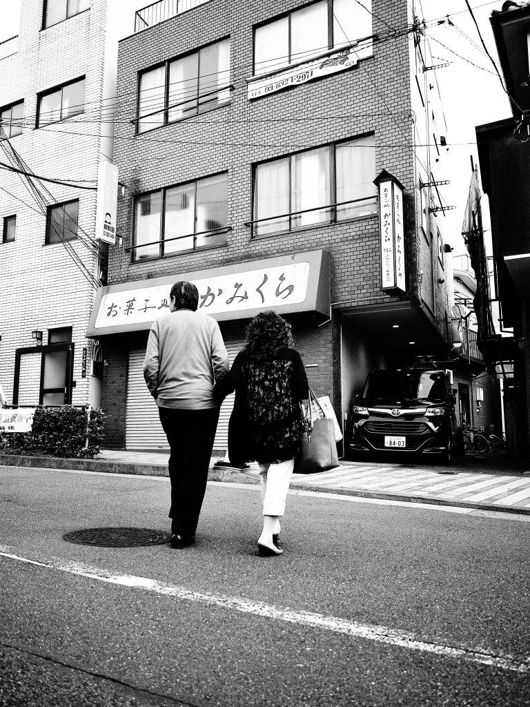 東京 谷中 人物