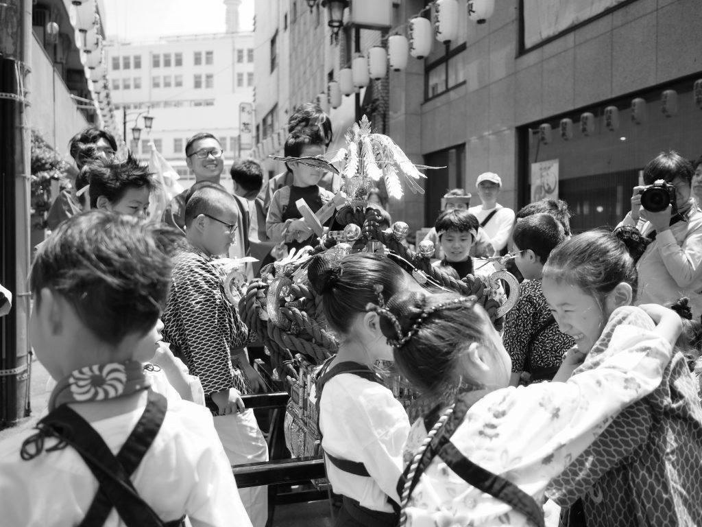 浅草 三社祭 子供 神輿