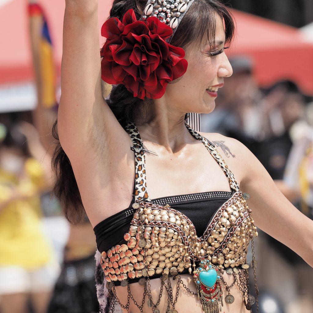 台湾 舞踏 女性 エキゾチック