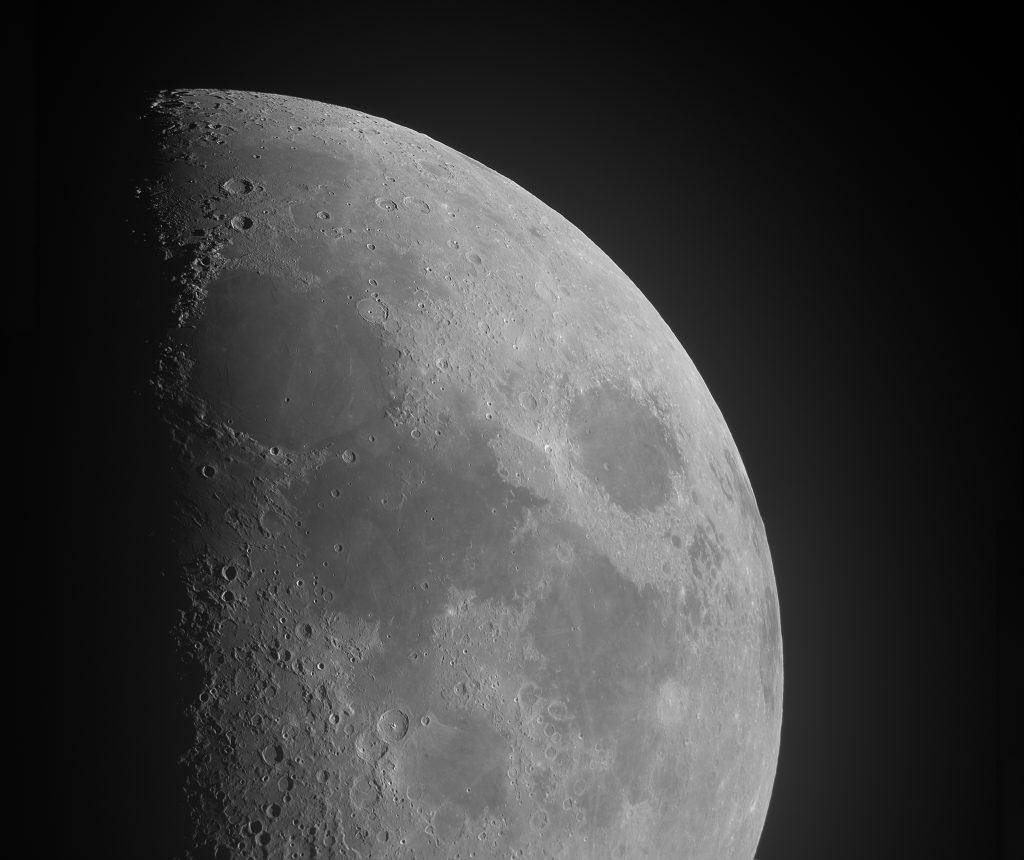 月 クレーター Moon