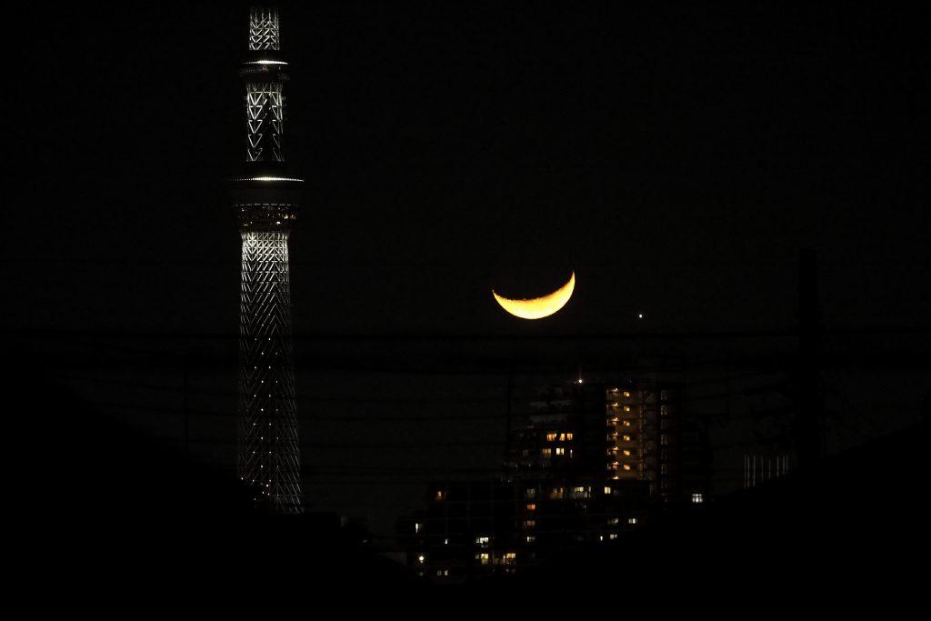 月 東京スカイツリー Moon
