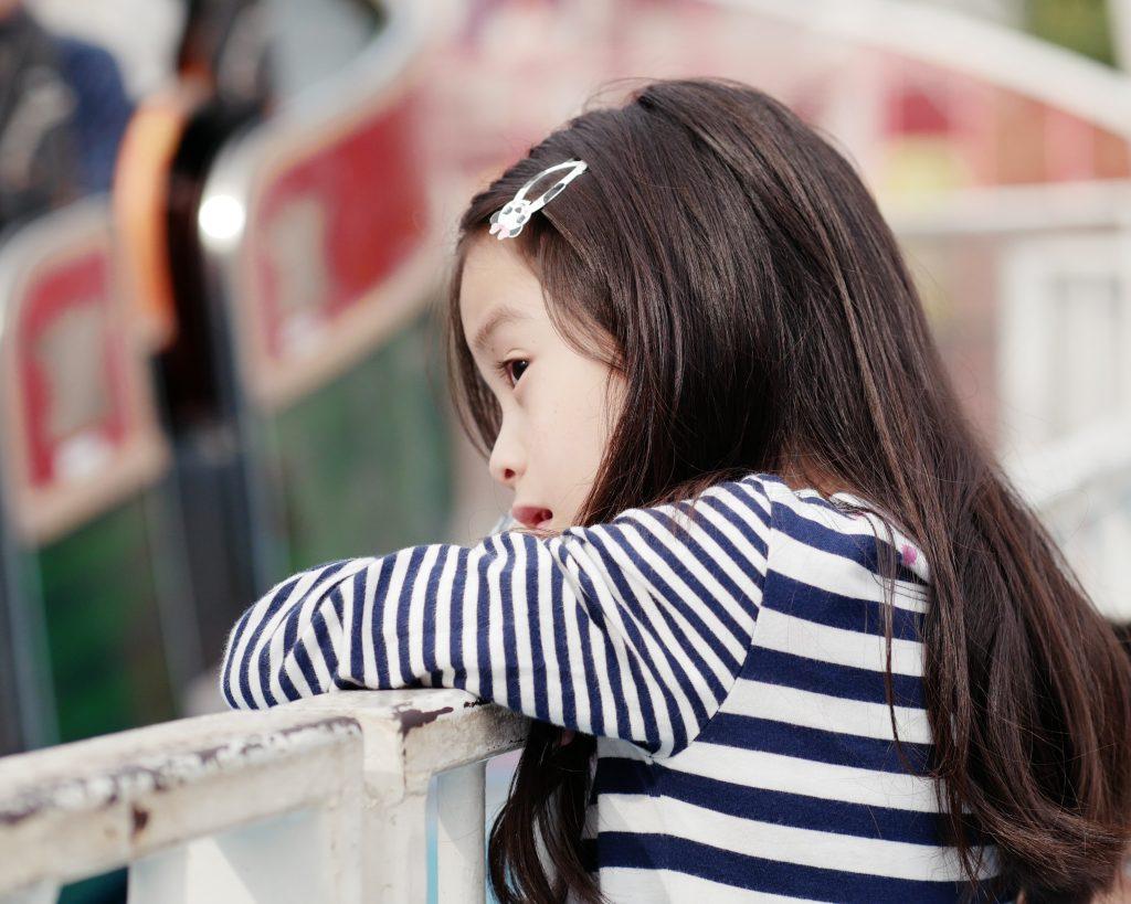 少女 遊園地