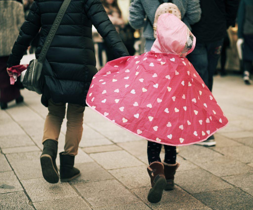 レインコート 赤 水玉 少女